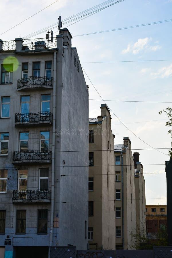 Τα σπίτια βρίσκονται στην ίδια γραμμή στοκ εικόνα με δικαίωμα ελεύθερης χρήσης
