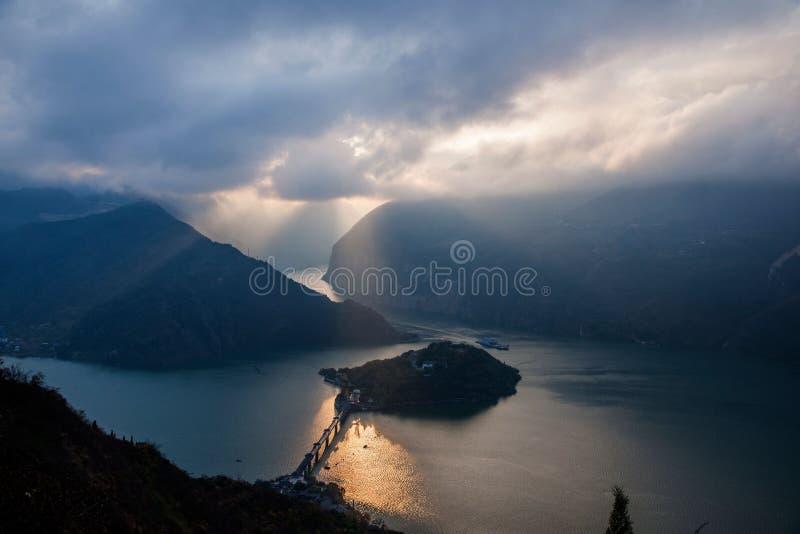 Τα τρία φαράγγια του ποταμού Yangtze στοκ εικόνες