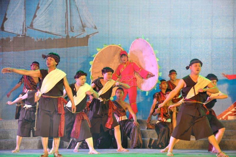 Τα τραγούδια Chuanjiang Haozi στο φεστιβάλ φαναριών στοκ εικόνες