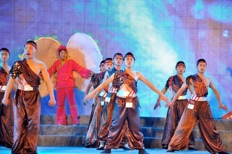 Τα τραγούδια Chuanjiang Haozi στο φεστιβάλ φαναριών στοκ φωτογραφία με δικαίωμα ελεύθερης χρήσης