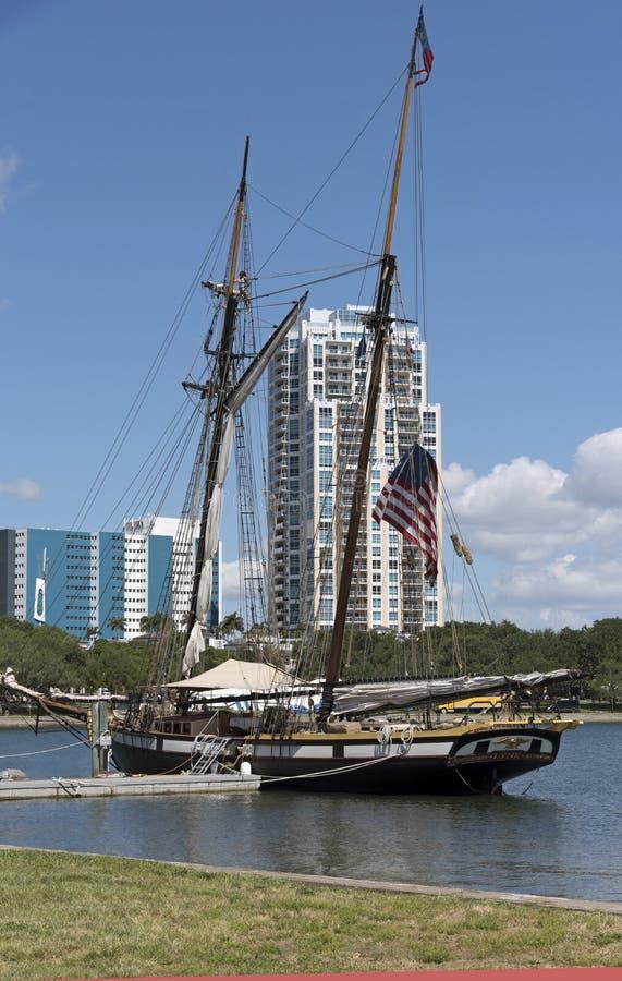 Τα λυγξ schooner προσόρμισαν στη Αγία Πετρούπολη Φλώριδα ΗΠΑ στοκ φωτογραφίες με δικαίωμα ελεύθερης χρήσης