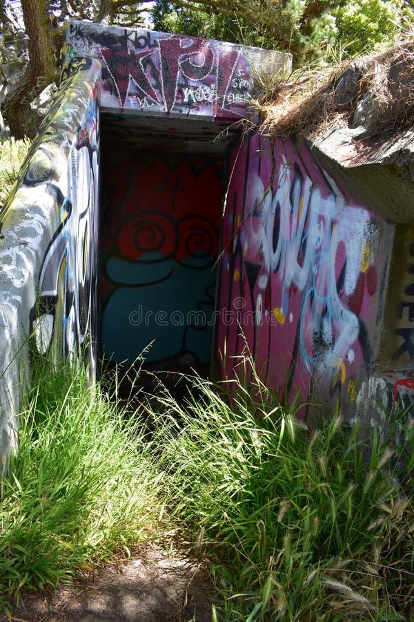 Τα υπολείμματα του δυτικού οχυρού Miley εωραιοποίησαν κάτω από τα γκράφιτι, 22 στοκ εικόνα