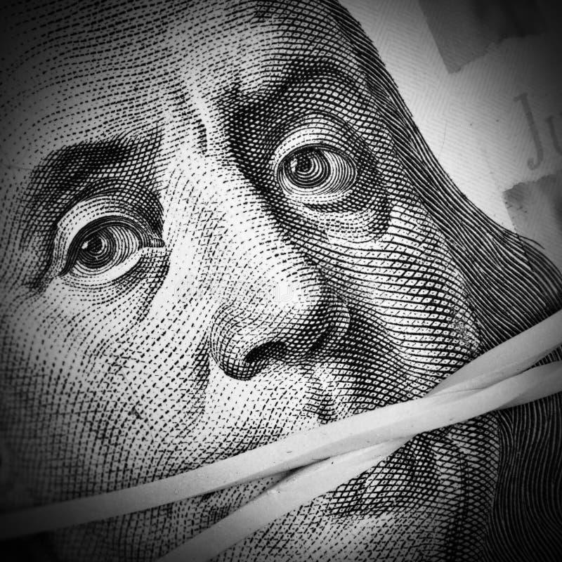 Τα χρήματα κρατούν σιωπηλός στοκ φωτογραφίες με δικαίωμα ελεύθερης χρήσης