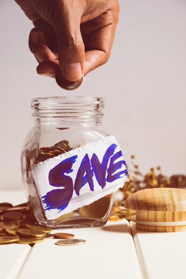 τα χρήματα σώζουν στοκ φωτογραφίες