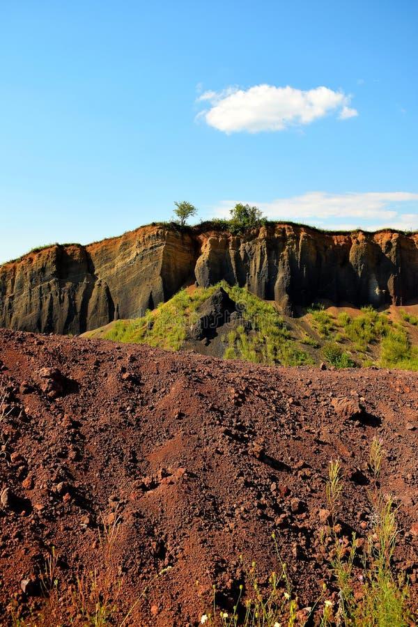 Τα χρώματα του εκλείψας vulcano Racos Brasov, Ρουμανία, αιχμή Heghes στοκ φωτογραφία με δικαίωμα ελεύθερης χρήσης
