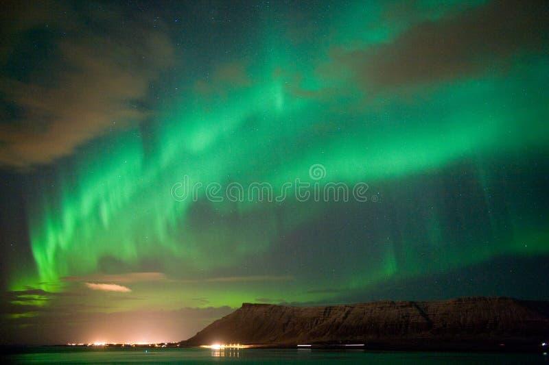 Αυγή Borealis στην Ισλανδία στοκ εικόνα