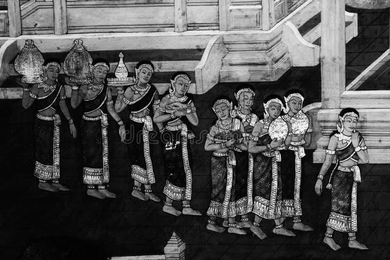 Τα mural έργα ζωγραφικής Ramakian Ramayana είναι γραπτός απομονωμένος χρώμα τοίχος κατά μήκος των στοών του ναού της σμαράγδου στοκ εικόνα