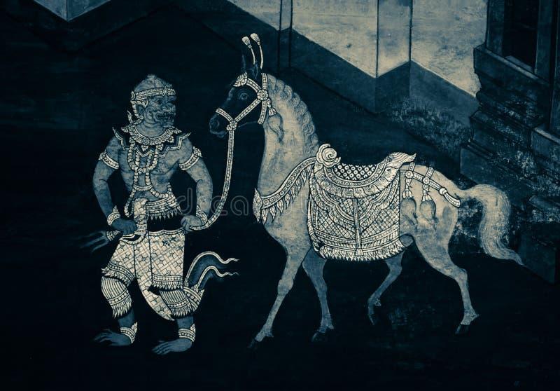 Τα mural έργα ζωγραφικής Ramakian Ramayana είναι γραπτός απομονωμένος χρώμα τοίχος κατά μήκος των στοών του ναού της σμαράγδου στοκ φωτογραφία με δικαίωμα ελεύθερης χρήσης