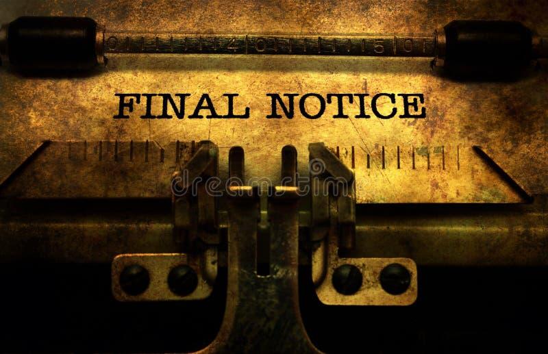 Τελική ειδοποίηση στη γραφομηχανή στοκ φωτογραφίες με δικαίωμα ελεύθερης χρήσης