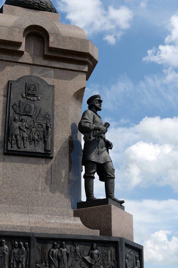 Τεμάχιο του μνημείου στη 1000η επέτειο της πόλης Yaroslavl στο βέλος στοκ φωτογραφία με δικαίωμα ελεύθερης χρήσης