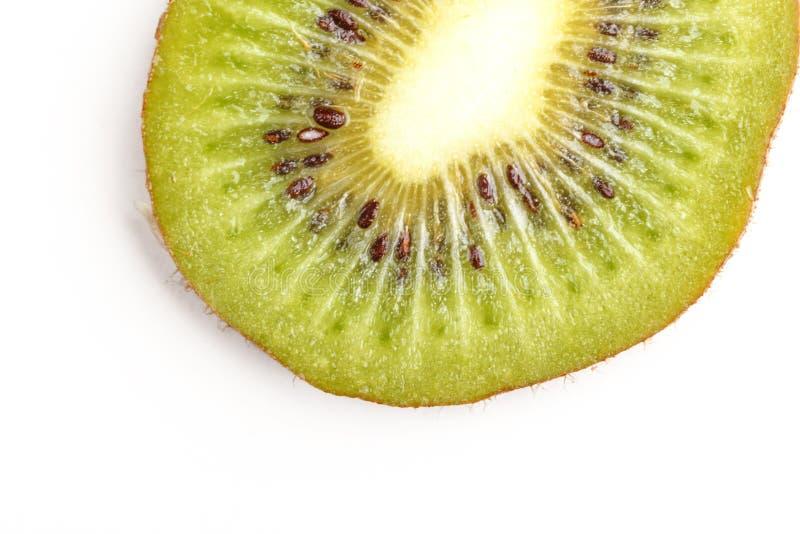 Τεμαχισμένα juicy φρούτα ακτινίδιων επάνω από την όψη στοκ εικόνες