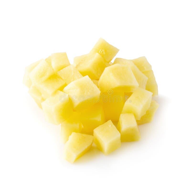 Τεμαχισμένη πατάτα που απομονώνεται πέρα από ένα άσπρο υπόβαθρο στοκ εικόνες με δικαίωμα ελεύθερης χρήσης