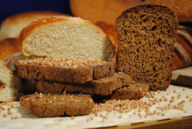 Τεμαχισμένο ψωμί στοκ εικόνες