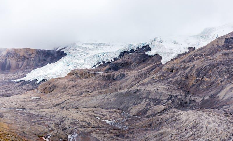 Τεράστια παγετώνων οροσειρών κορυφογραμμή Περού βουνών τοπίων Vilcanota φυσική στοκ φωτογραφίες