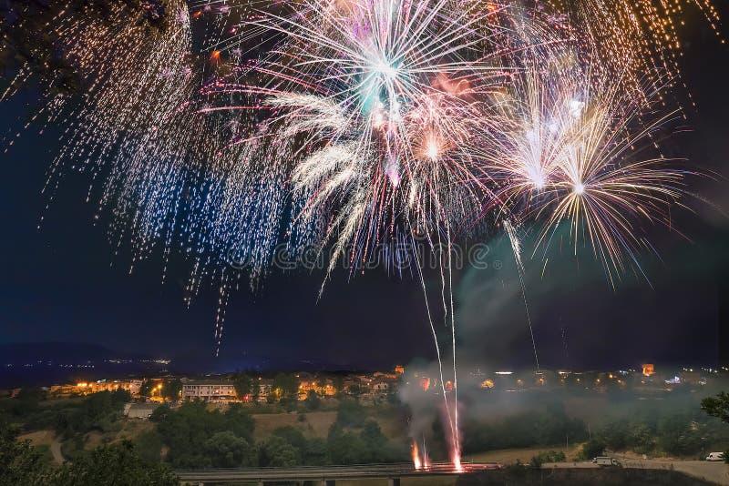Τεράστια πυροτεχνήματα στοκ φωτογραφία
