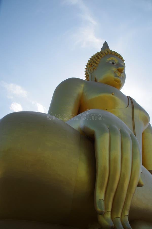 Τεράστιο άγαλμα ฺBhuddha σε WatMuang στοκ εικόνες με δικαίωμα ελεύθερης χρήσης