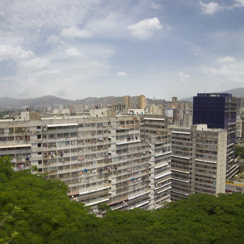 Τεράστιο κατοικημένο κτήριο μέσα κεντρικός του Καράκας στοκ εικόνες