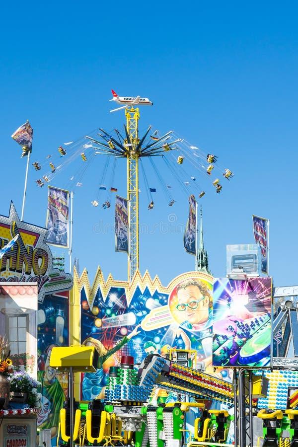 Τεράστιο Chairoplane στο Oktoberfest στο Μόναχο στοκ εικόνα
