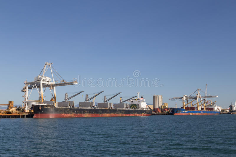 Τερματικό εμπορευματοκιβωτίων σε Townsville, Αυστραλία στοκ εικόνα