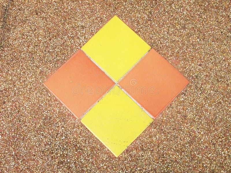 Τετράγωνα στο πάτωμα πετρών στοκ εικόνες