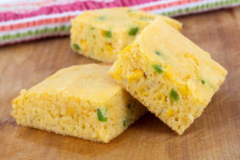 Τετράγωνα ψωμιού καλαμποκιού Jalapeno στοκ εικόνες με δικαίωμα ελεύθερης χρήσης
