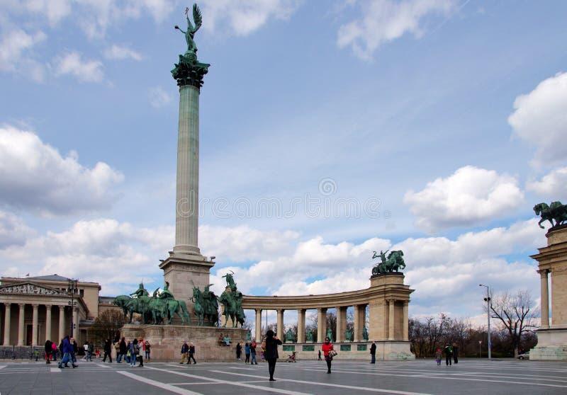 Τετράγωνο ηρώων s στη Βουδαπέστη, Ουγγαρία στοκ εικόνες