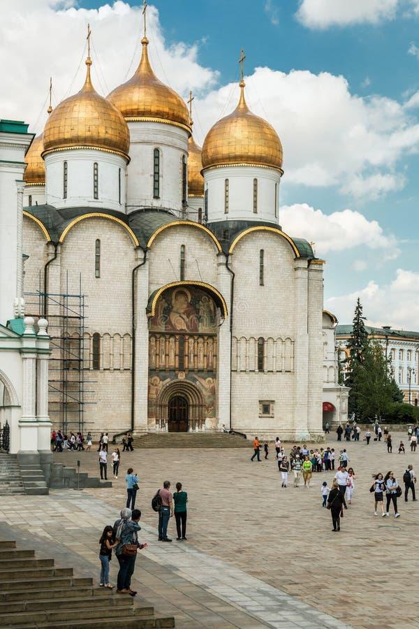 Τετράγωνο καθεδρικών ναών και οι εκκλησίες στη Μόσχα Κρεμλίνο στοκ εικόνες