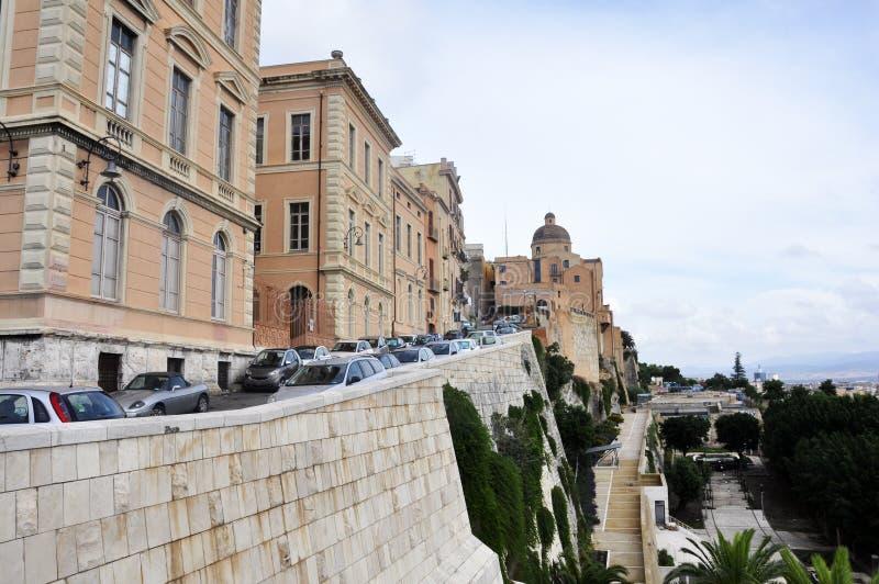 Τετράγωνο Bastione SAN Remy στην περιοχή στο κέντρο της πόλης Κάλιαρι, Σαρδηνία, Ιταλία castello στοκ εικόνα