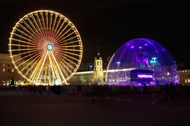Τετράγωνο Bellecour στη Λυών κατά τη διάρκεια του ελαφριού φεστιβάλ στοκ εικόνα με δικαίωμα ελεύθερης χρήσης
