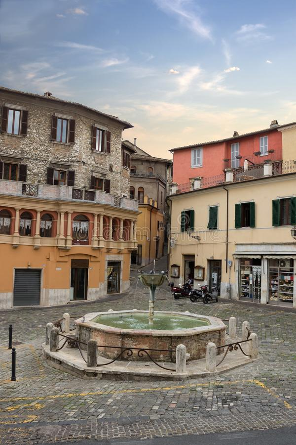 Τετράγωνο Garibaldi στη μεσαιωνική ιστορική πόλη Narni, Ιταλία στοκ φωτογραφία με δικαίωμα ελεύθερης χρήσης