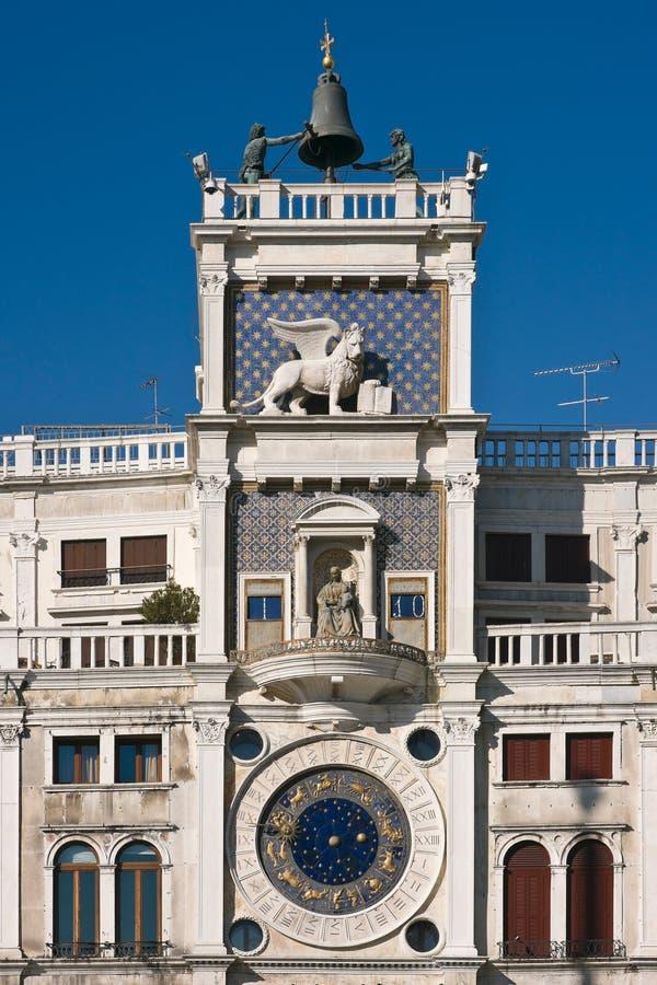 τετραγωνικός ST ρολογιών πύργος Βενετία σημαδιών s στοκ εικόνες