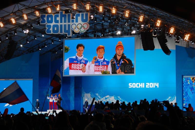 Τελετή μεταλλίων σε ΧΧΙΙ χειμερινούς Ολυμπιακούς Αγώνες Sochi στοκ φωτογραφίες