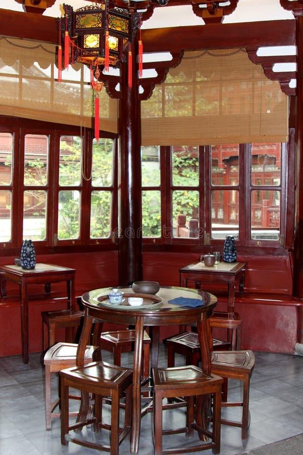 Τελετή τσαγιού στο σπίτι τσαγιού Huxinting, το παλαιότερο σπίτι τσαγιού της Σαγκάη, Κίνα στοκ εικόνα με δικαίωμα ελεύθερης χρήσης