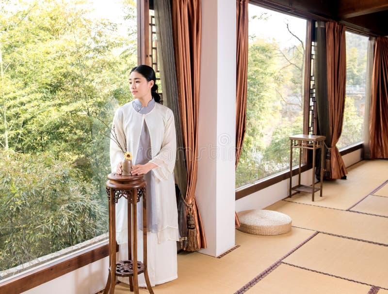 Τελετή τσαγιού της παράθυρο-Κίνας ειδικού μπαμπού τέχνης τσαγιού στοκ φωτογραφία με δικαίωμα ελεύθερης χρήσης
