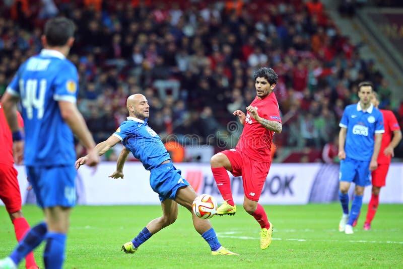 Τελικό ποδοσφαιρικό παιχνίδι Dnipro ένωσης UEFA Ευρώπη εναντίον της Σεβίλλης στοκ εικόνες με δικαίωμα ελεύθερης χρήσης