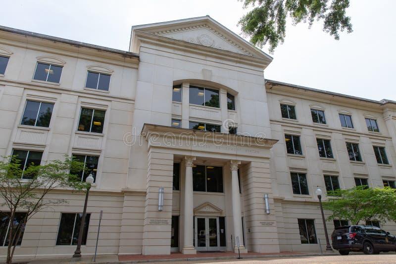 Τζάκσον, κράτη μέλη/ΗΠΑ - 23 Απριλίου 2019: Κτήριο συστημάτων αποχώρησης κρατικών δημόσιο υπαλλήλων του Μισισιπή στο στο κέντρο τ στοκ φωτογραφία