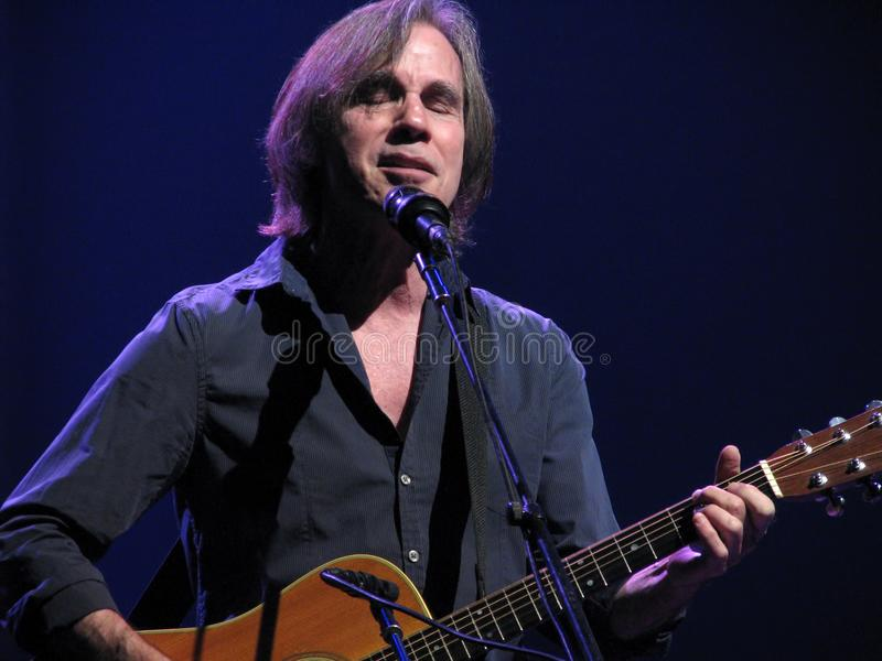 Τζάκσον Browne στη συναυλία στοκ φωτογραφία