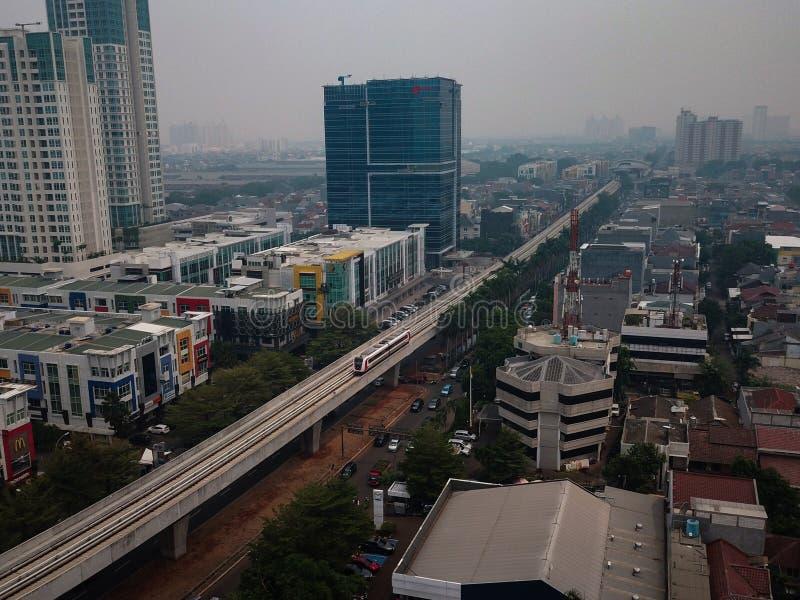 ΤΖΑΚΆΡΤΑ - Ινδονησία 12 Δεκεμβρίου 2019: Η Jakarta Light Rail Transit είναι ένα από τα ελαφρά συστήματα μετρό που συνδέουν την Ke στοκ φωτογραφίες με δικαίωμα ελεύθερης χρήσης