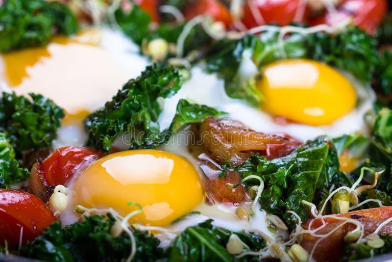 τηγανισμένα αυγά λαχανικά στοκ φωτογραφίες