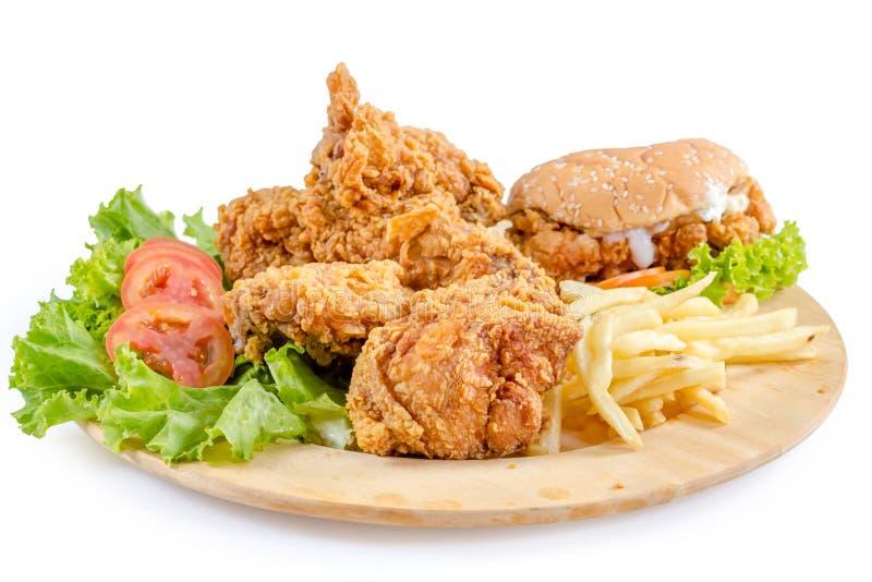 Τηγανισμένα κοτόπουλο και burger στοκ φωτογραφίες με δικαίωμα ελεύθερης χρήσης