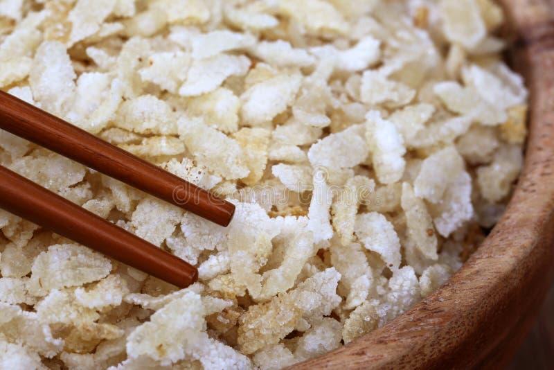 Τηγανισμένος ισιωμένος με chopsticks στοκ εικόνες