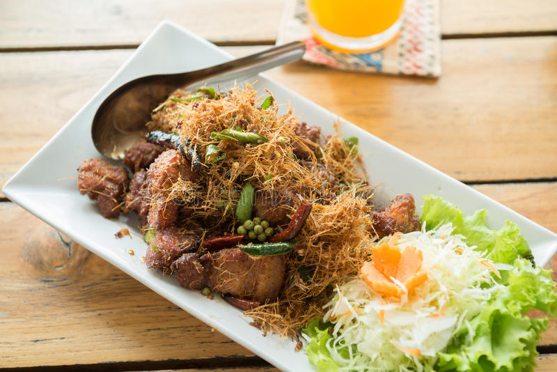 Τηγανισμένο κοτόπουλο με Lemongrass τριζάτο στοκ φωτογραφίες με δικαίωμα ελεύθερης χρήσης