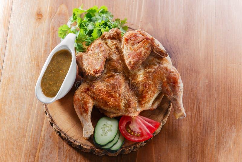 Τηγανισμένο κοτόπουλο του καπνού στοκ εικόνες