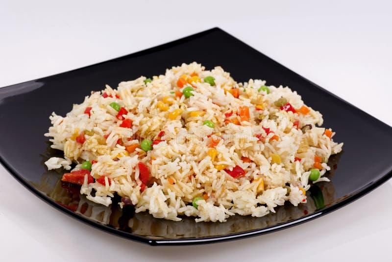 Τηγανισμένο ρύζι με τα λαχανικά στοκ φωτογραφία