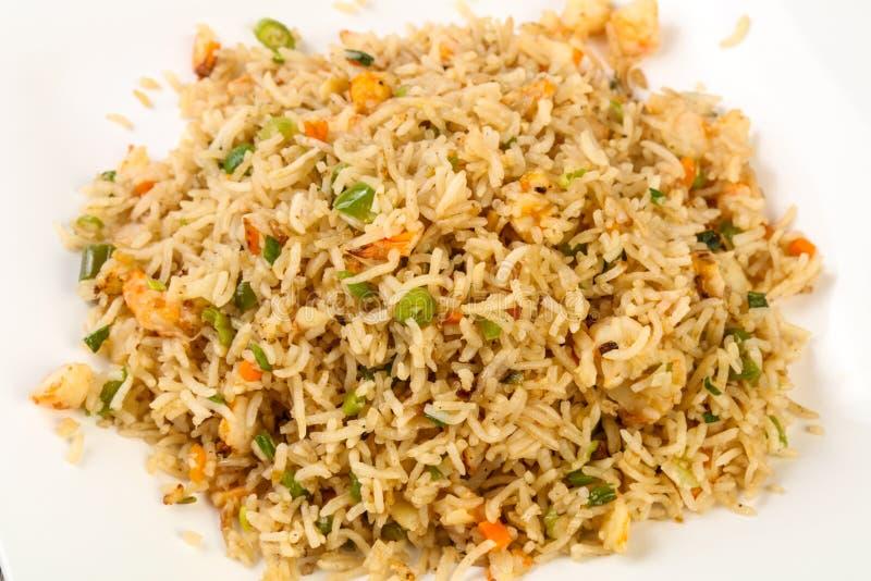 Τηγανισμένο ρύζι με τη γαρίδα στοκ εικόνες