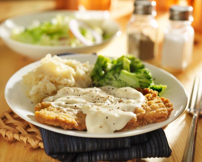 Τηγανισμένο χώρα γεύμα μπριζόλας στοκ φωτογραφίες με δικαίωμα ελεύθερης χρήσης