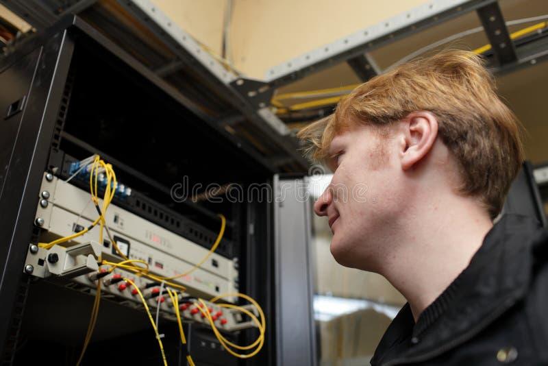 τηλεπικοινωνίες περιοχών συντήρησης μηχανικών στοκ εικόνα με δικαίωμα ελεύθερης χρήσης