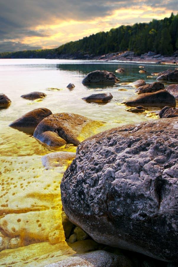 της Γεωργίας ακτή βράχων κόλπων στοκ εικόνες με δικαίωμα ελεύθερης χρήσης