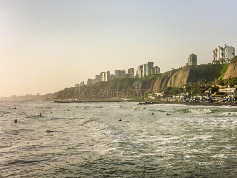 Της Λίμα ακτή πόλεων στοκ εικόνα με δικαίωμα ελεύθερης χρήσης