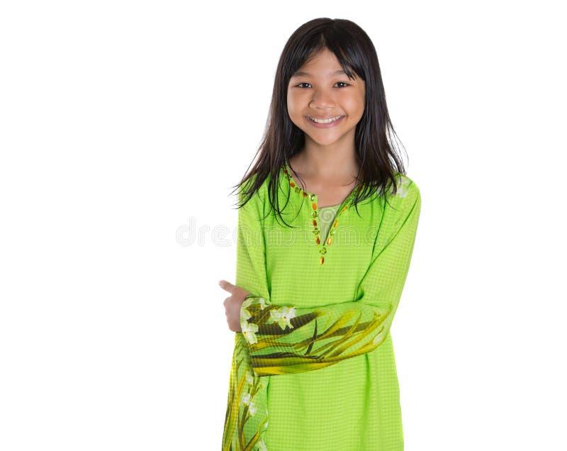 Της Μαλαισίας κορίτσι στο παραδοσιακό φόρεμα Ι στοκ εικόνα